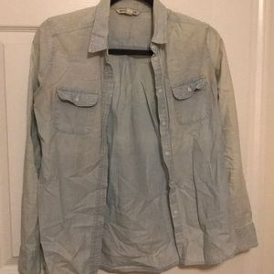 American Eagle Lightwash Jean button up